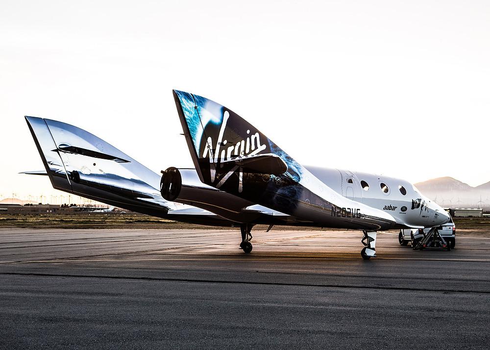 Richard Branson unveils Virgin Galactic's new spaceship
