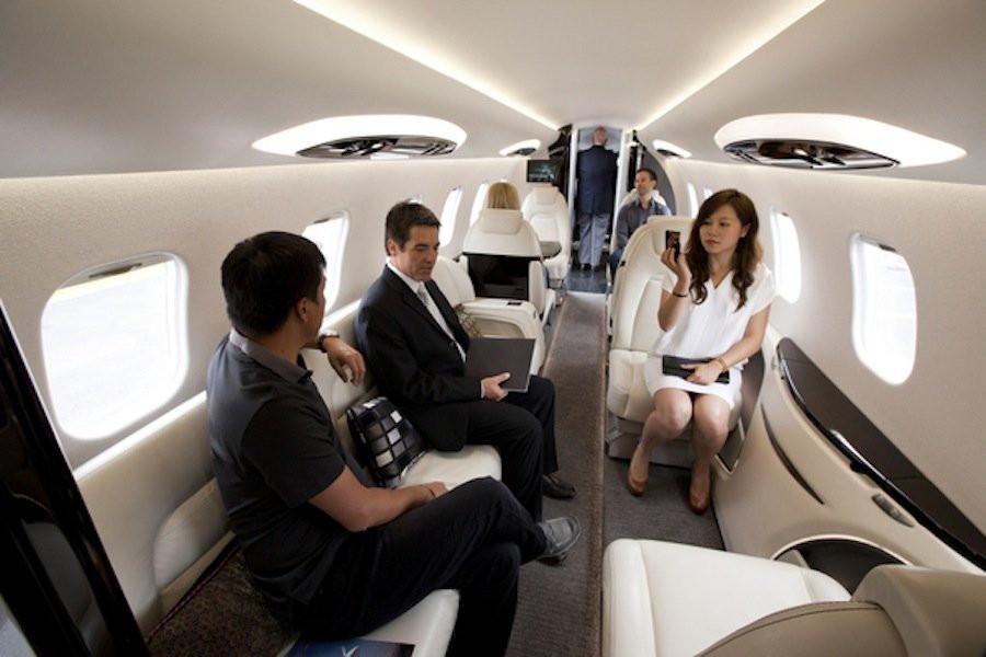 charter a business jet