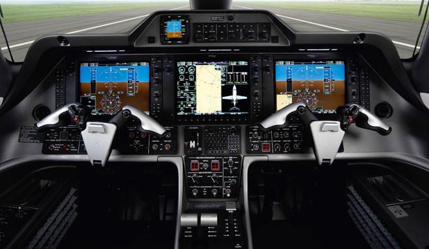 Phenom 100E cockpit