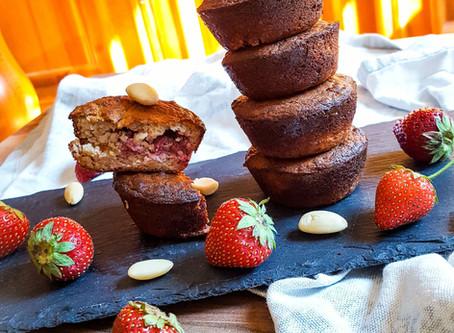 Bezlepkové muffiny plněné jahodami