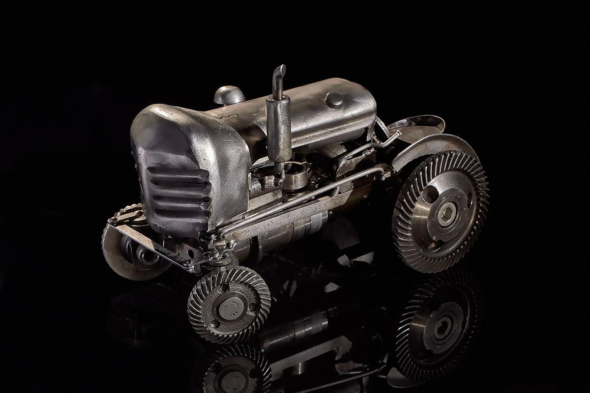 Трактор с управляемыми колёсами