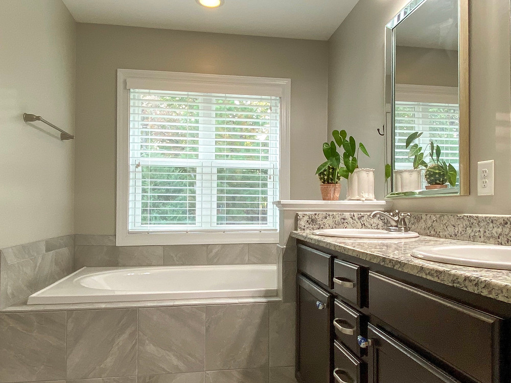 2828 BOGLE BRANCH COURT RALEIGH HOME FOR SALE EMME ZHENG BLUE ORCHID REALTY APEX NC REALTOR