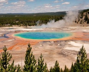 A&A Travel Review of Yellowstone National Park