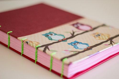 Caderno com costura em copta