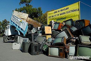 RECICLAJE-TELEVISORES-GREENPEACE.jpg