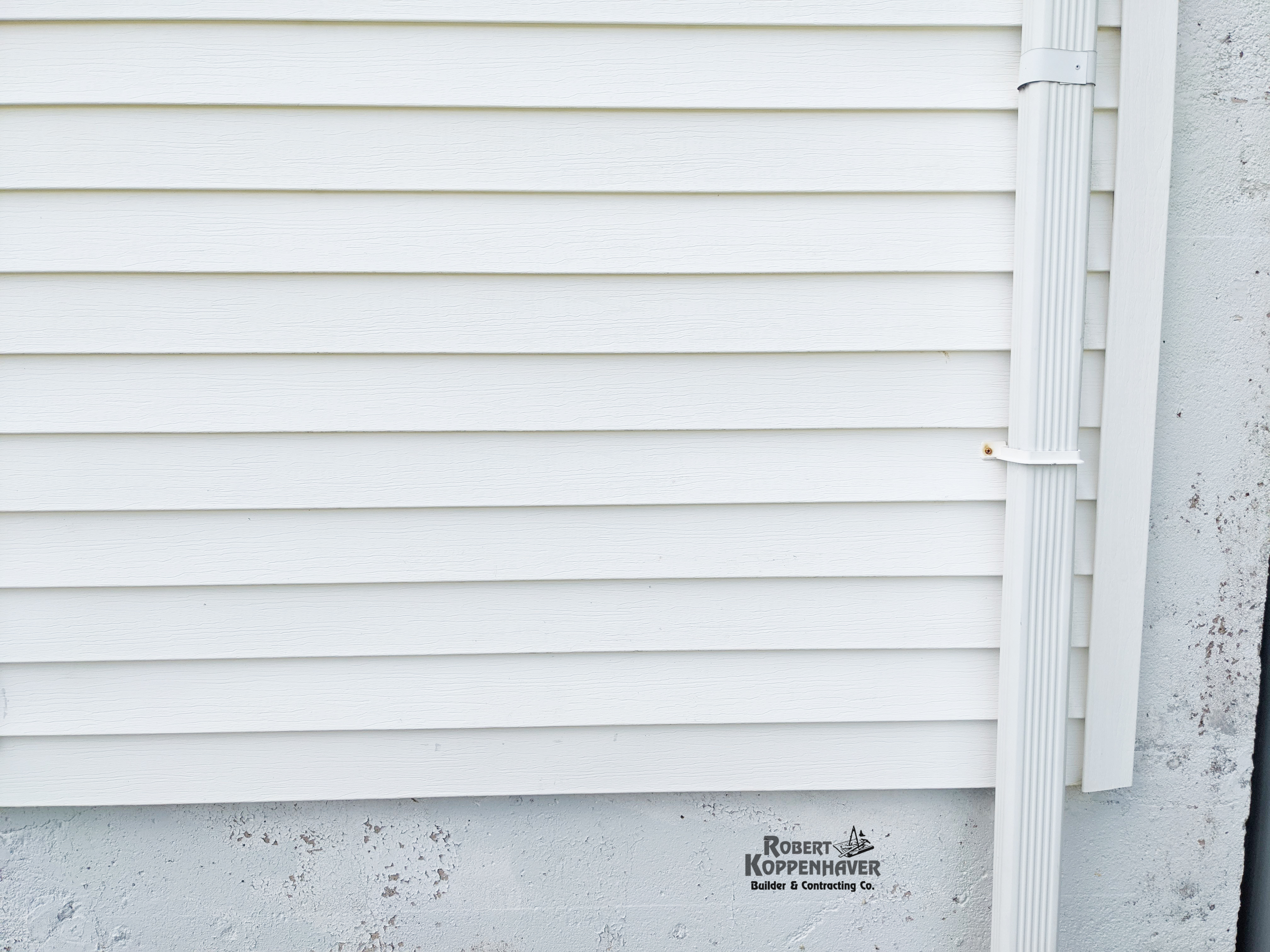 White Siding After SoftWashing