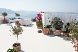 oia garden rooftop