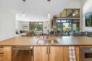 Kitchen island with print 2 in dining.jp