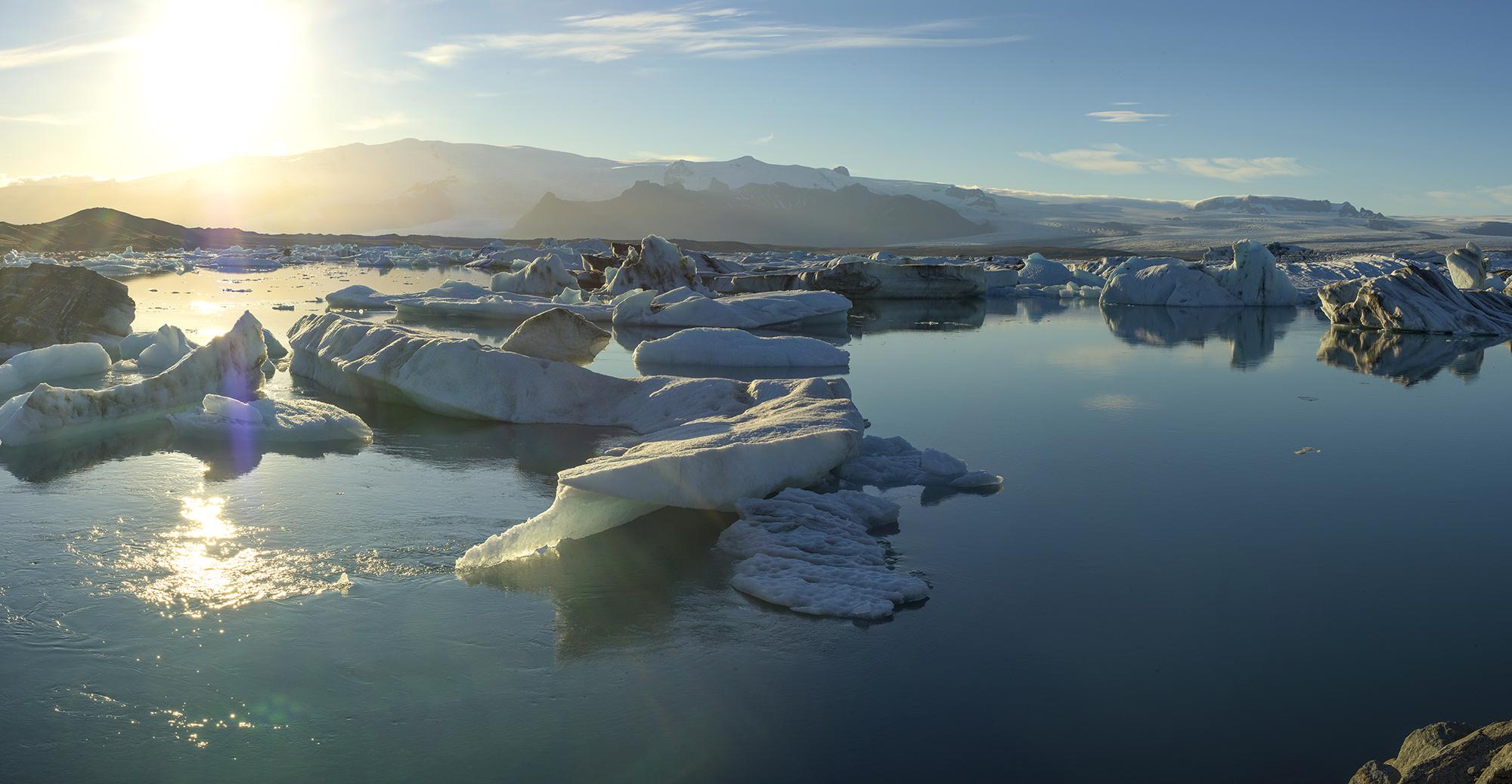 sunrise at Jokulsarlon Glacier Lagoon Pano 2