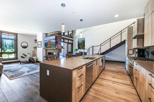 Kitchen 4 with print 2 in dining.jpg