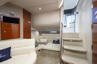 40 foot interior 2.jpg