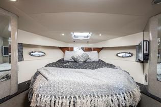 40 Foot Bedroom interior.jpg