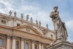 basilica statues