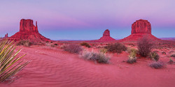 Monument Valley dunes pano for print