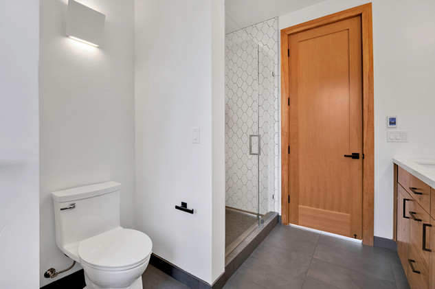 Upstairs Bathroom second angle.jpg