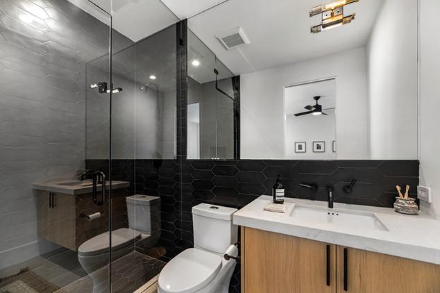 Bathroom 1 angle 2.jpg