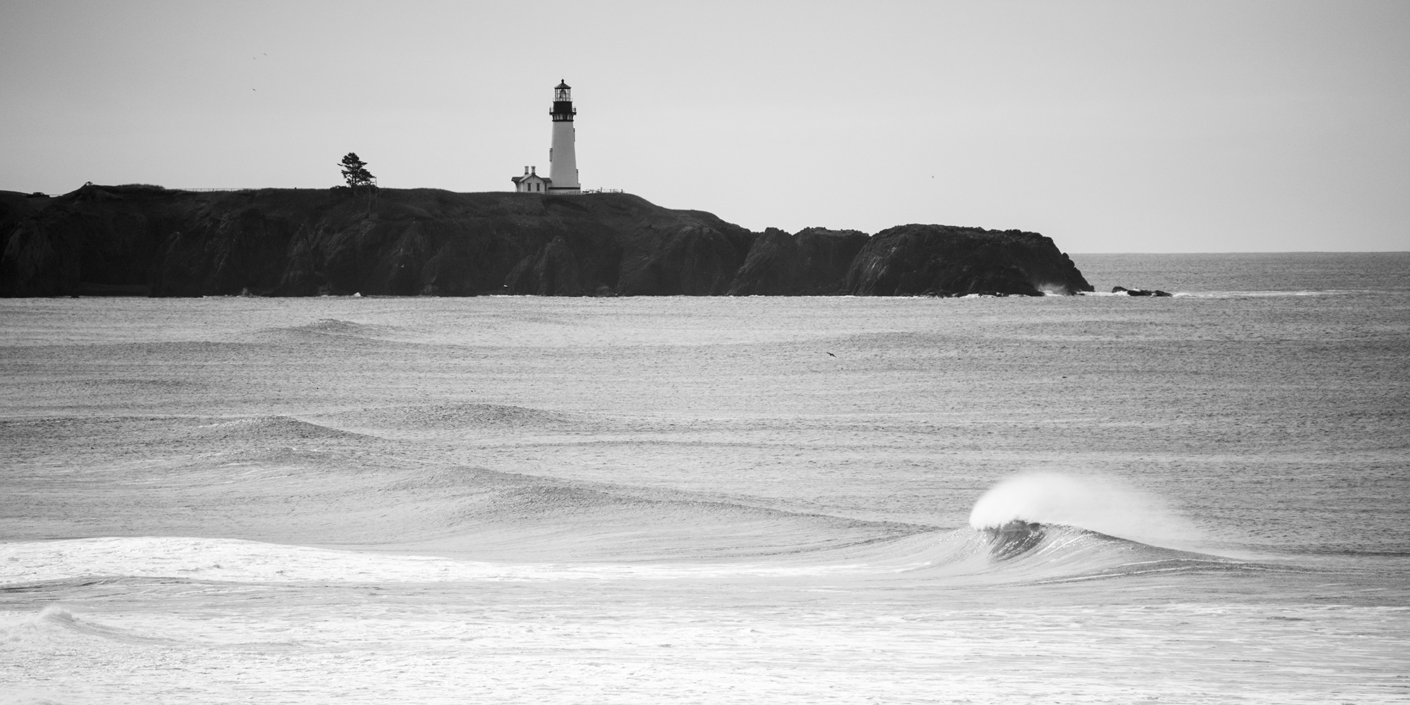 Lighthouse wave california coast