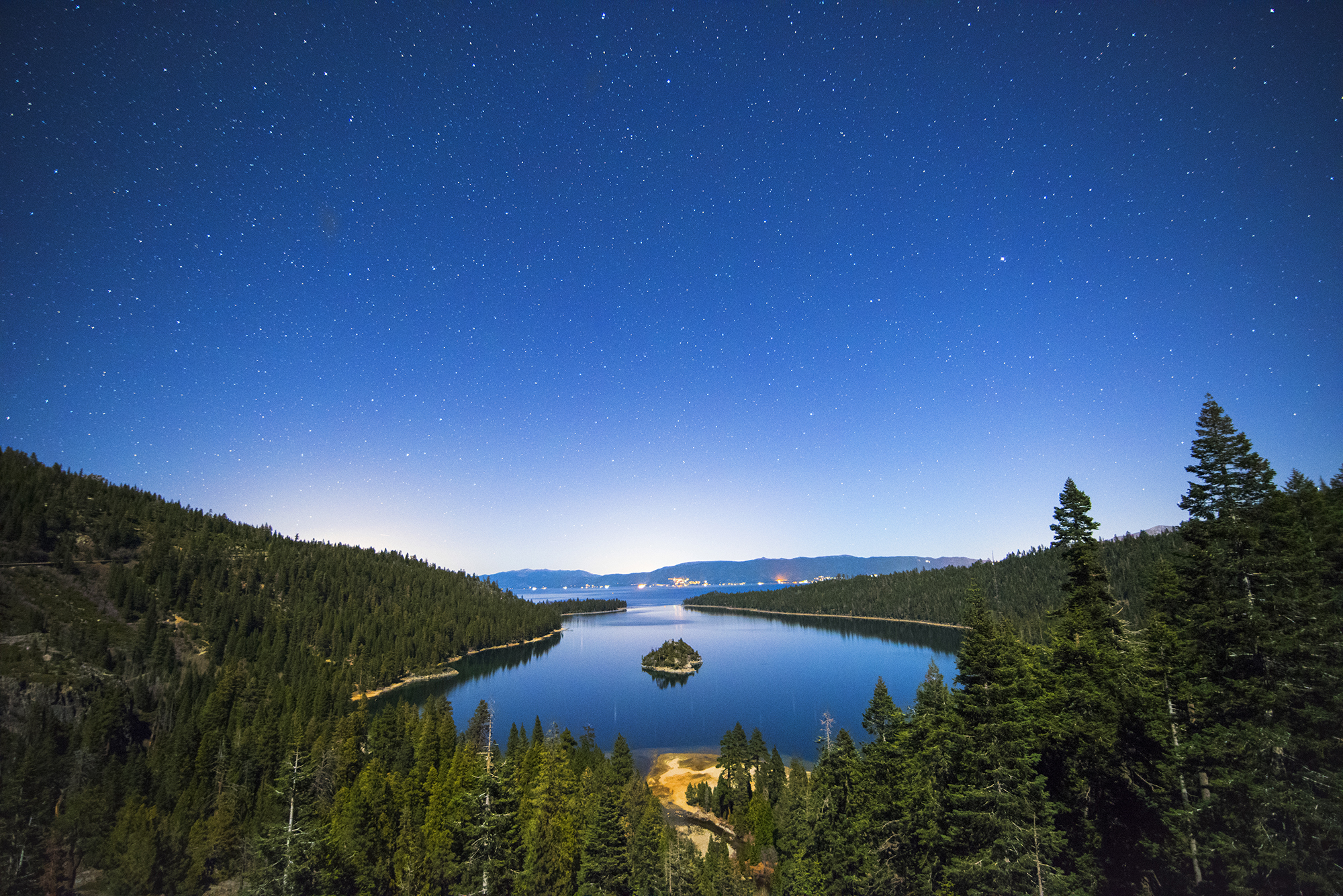 EMERALD BAY NIGHT WIDE SHOT NIKON D810