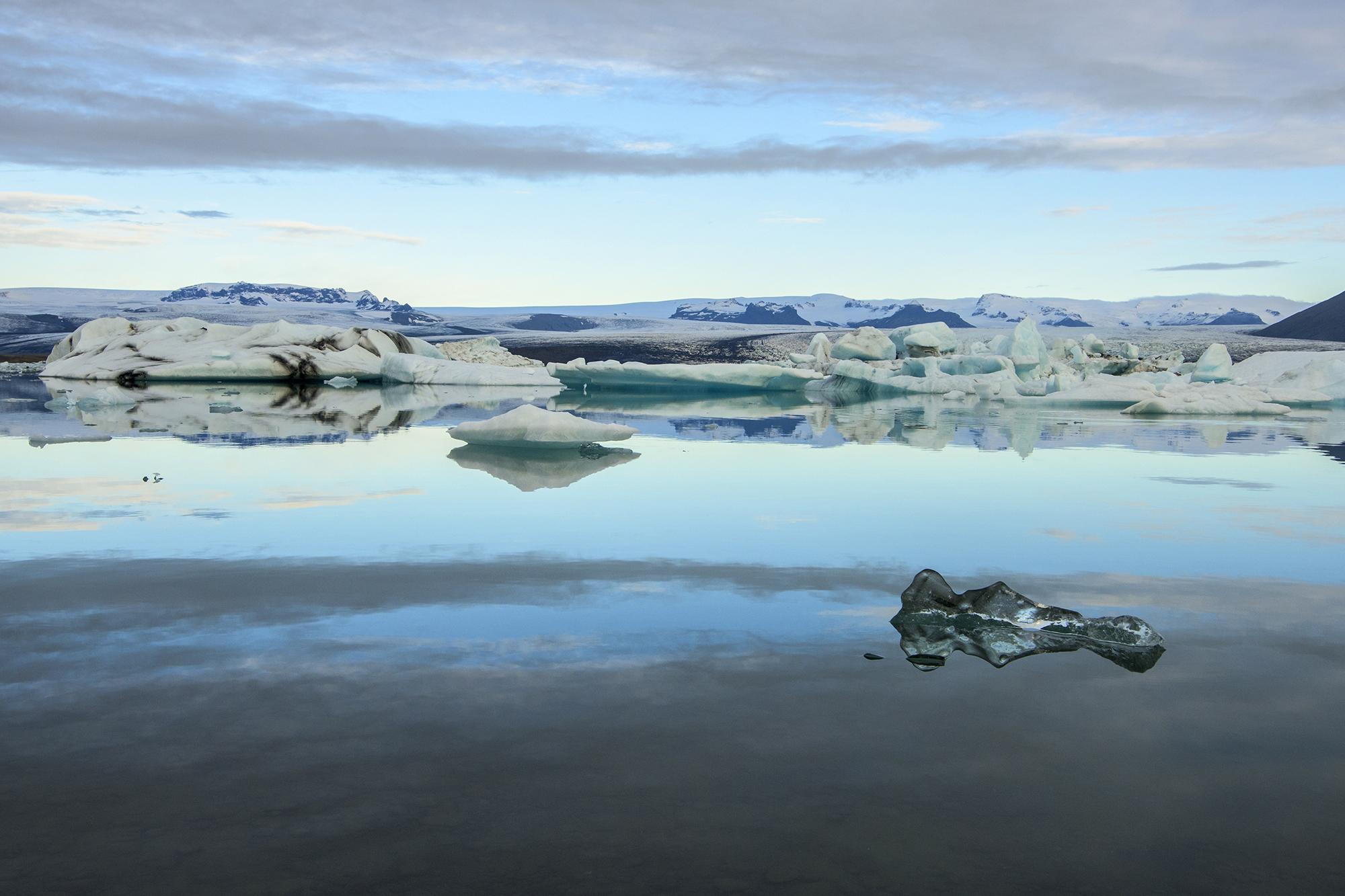 clear ice and glaciers jokulsarlon