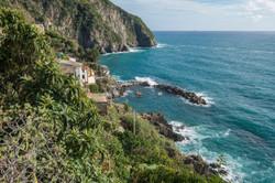 riomaggiore cliffs