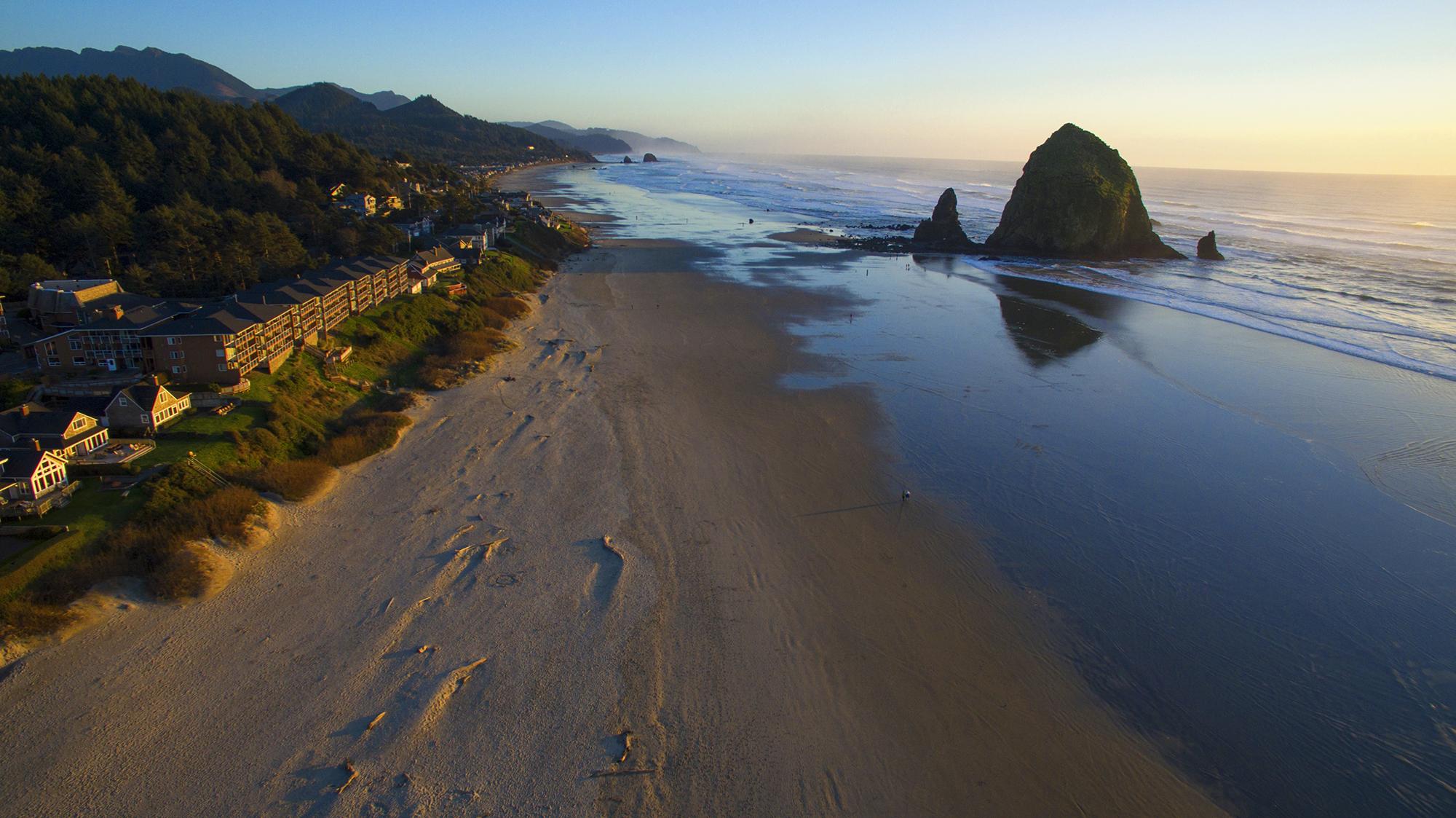 canon beach drone