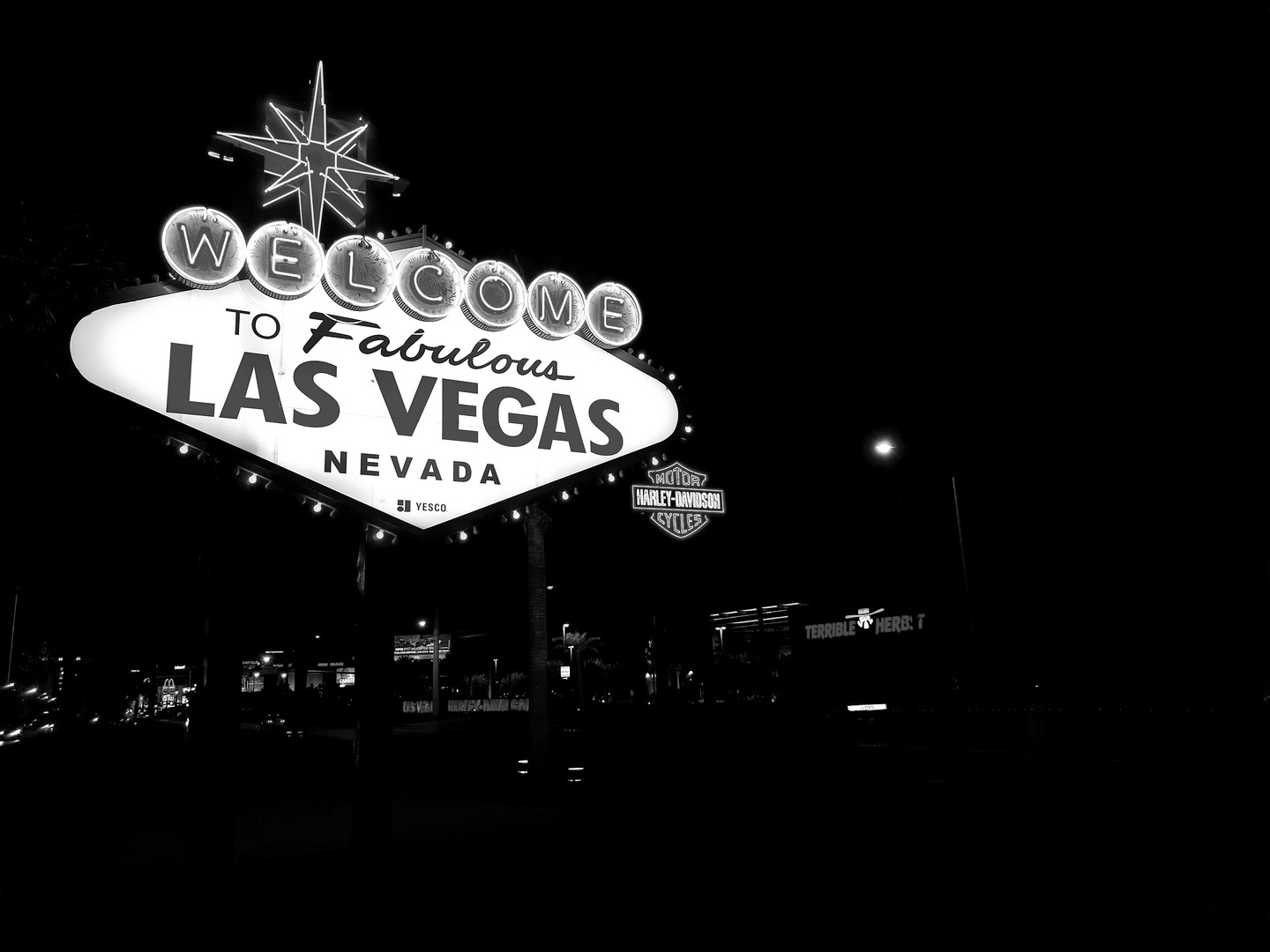 black-and-white-evening-las-vegas-109225