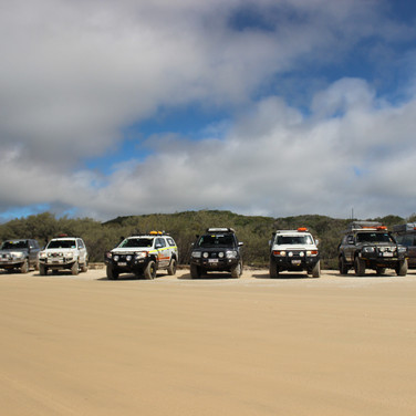 4x4 driving on the sand with AORA and Offroad Ready