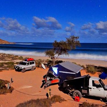 Johnnos beach camp with 4x4