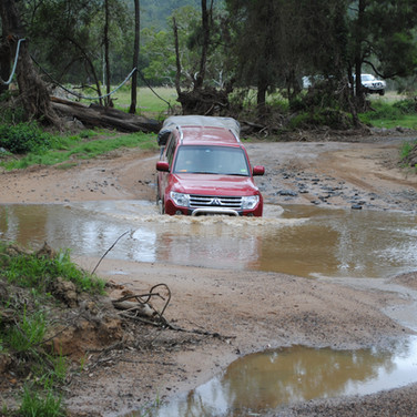 River crossing with Australian Offroad Academy & Offroad Ready