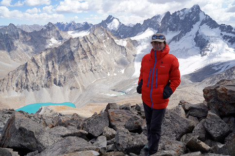 On the top of the unknown 5300m-high peak