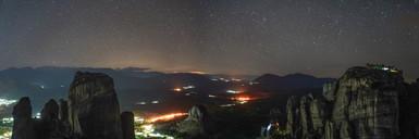 Night sky above the Meteoras manostries