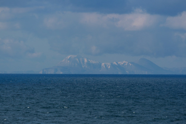 from the ferry between the main and the norther islands