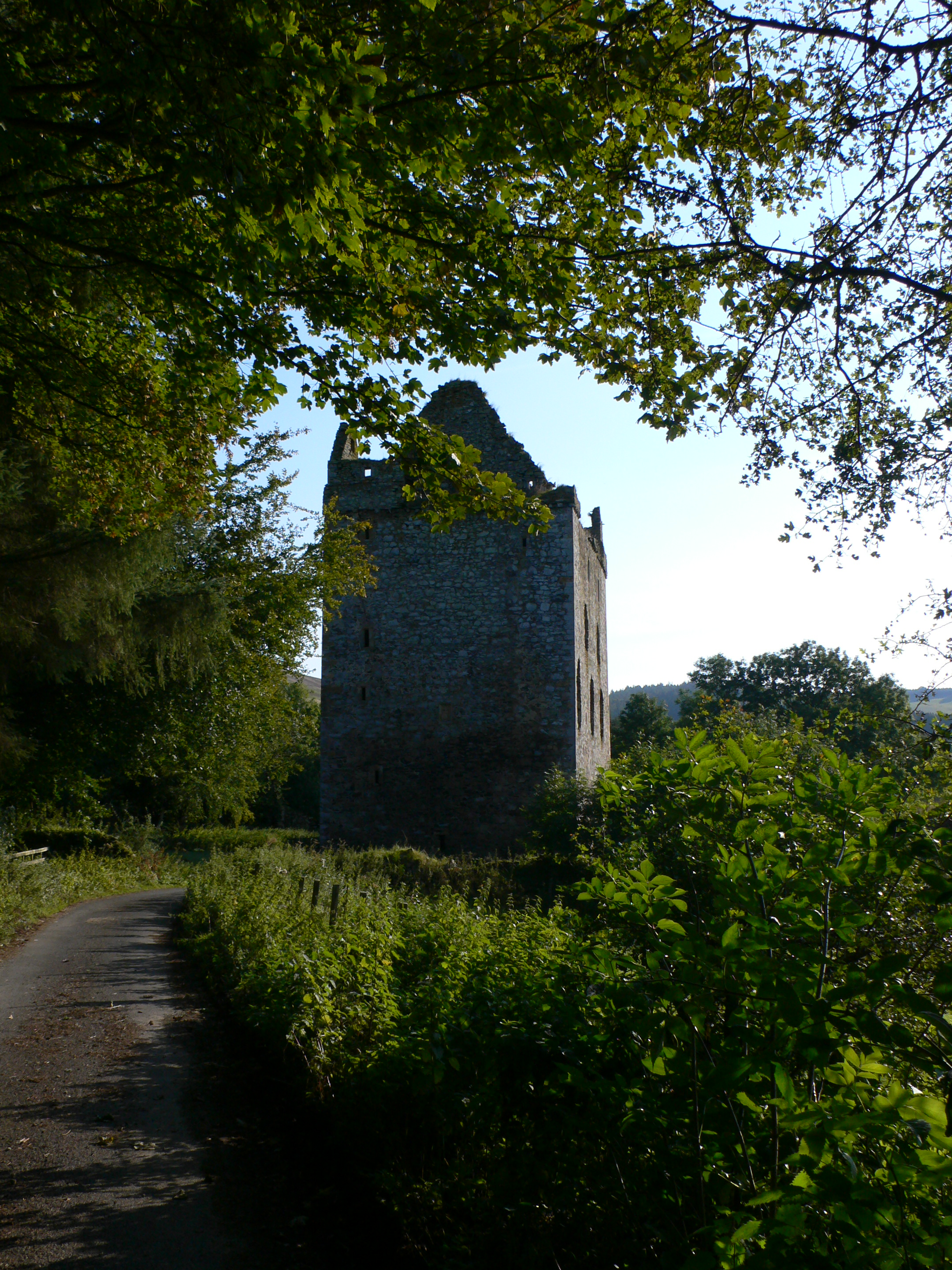 Newark Tower, Yarrow