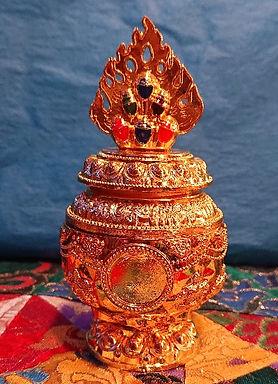 Small Wish fulfilling Treasure Vase with Medallion