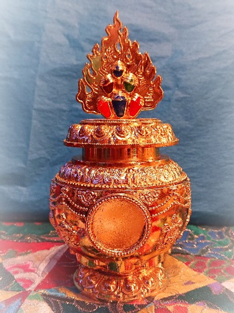 Wish Fulfilling Treasure Vase with Medallion