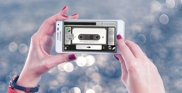 blur-bokeh-cellphone-958026.jpg