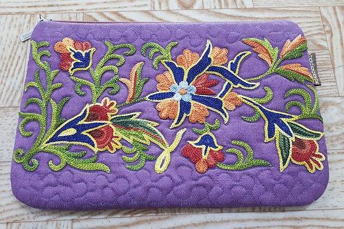 刺繡入りポーチ(紫色)
