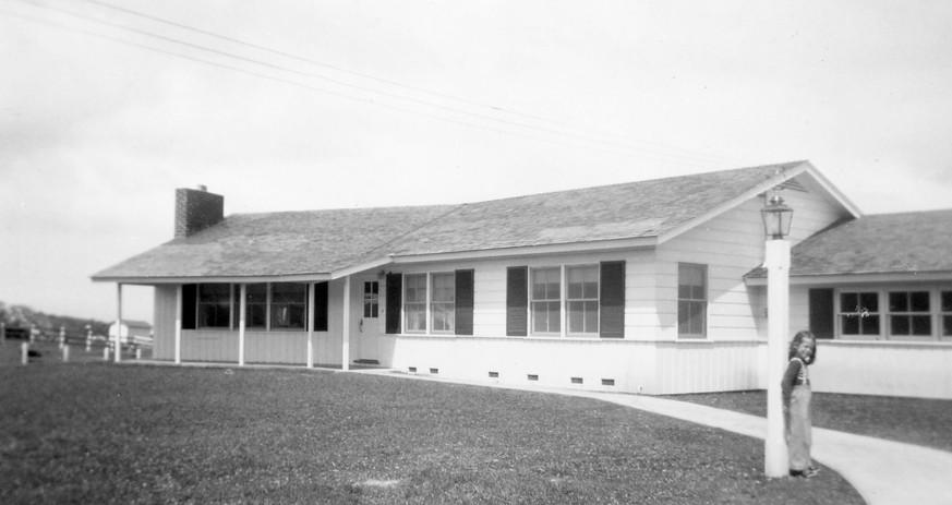 12 Eastfield 1951 02.jpg