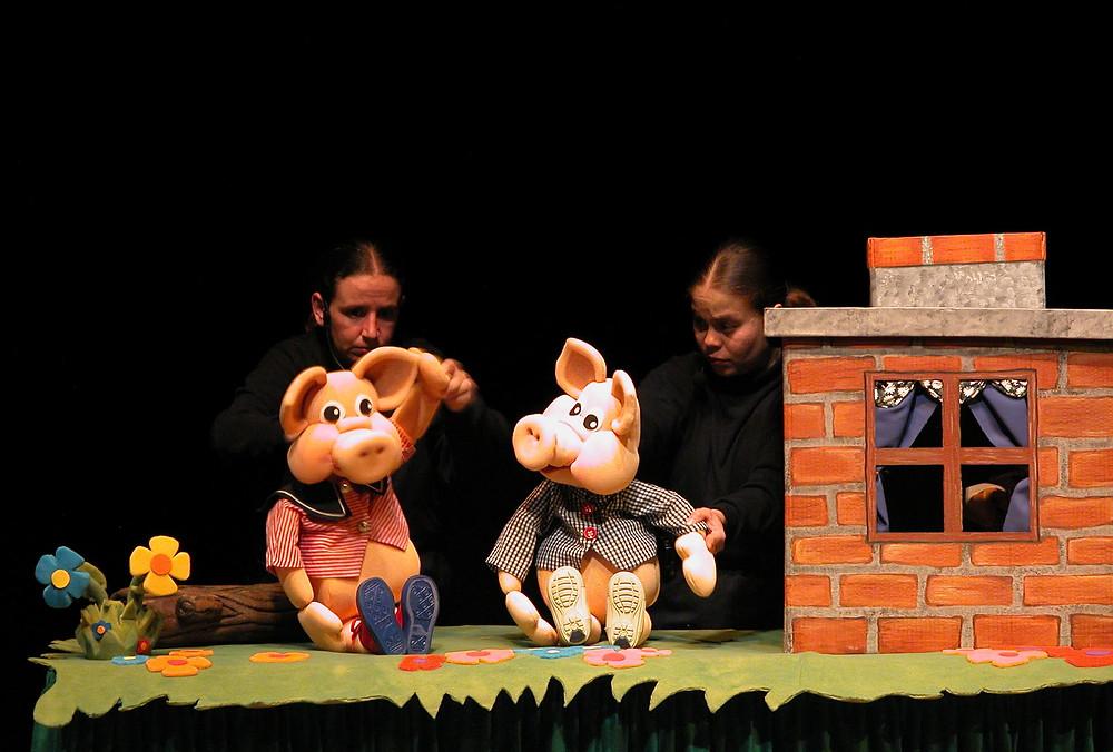 Foto cortesía: Los Tres Cerditos - Manicomio de Muñecos