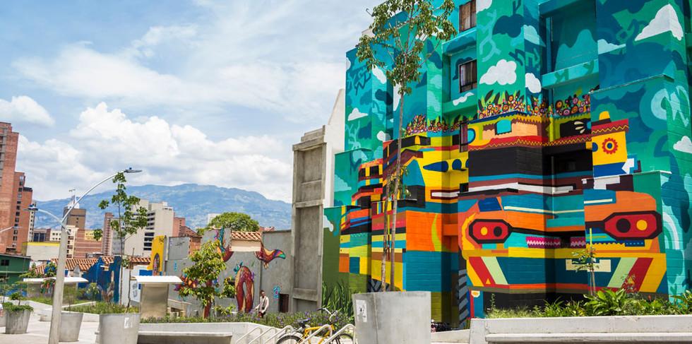 Mural Estación Bicentenario.jpg