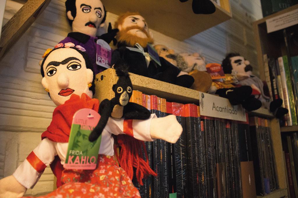 Café - librería: Homenaje a Frida Kahlo
