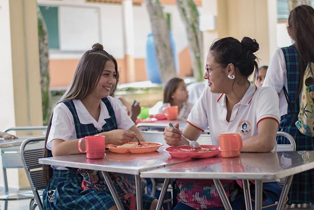 Jóvenes beneficiarios del programa PAE. Foto Cortesía PAE