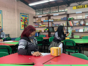 35 instituciones educativas de Medellín ya realizaron su transformación curricular