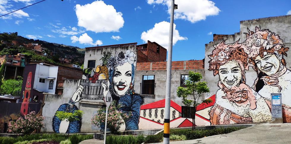 Murales barrio Alejandro Echavarría.jpg