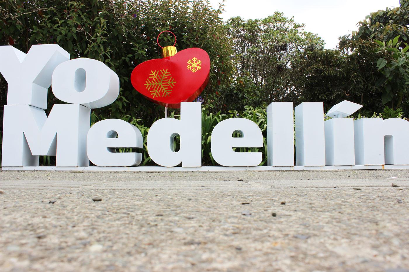 To amo Medellín - Letrero parque Arví