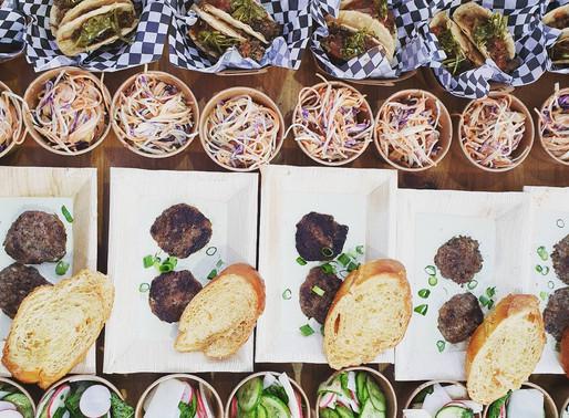 איך לבחור בין ספקי דוכני מזון לאירועים קטנים?
