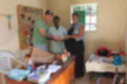 Goed doel, financieel steunen, 3e wereld, kansarme kinderen, weeshuis sri laka, gambia, dam tot dam loop, niños de Guatemala