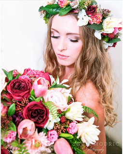 A Large Full Flower Crown