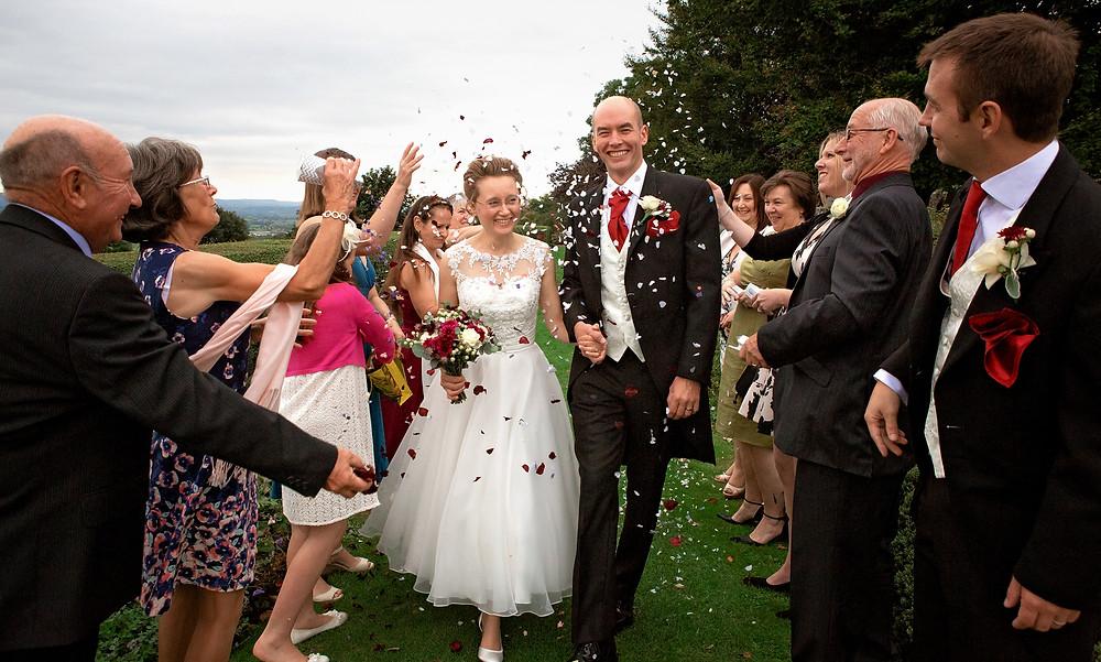 Confetti throw - Dorset wedding