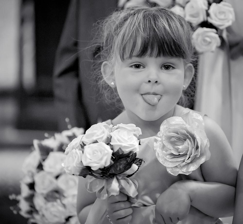 cheeky bridesmaid, Oxfordshire wedding